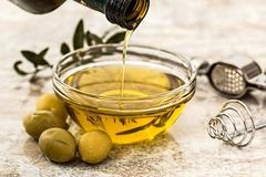 Olive Oil for skin dryness